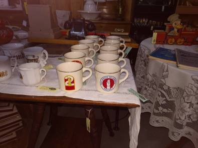 10-17 700 boys scouts cups