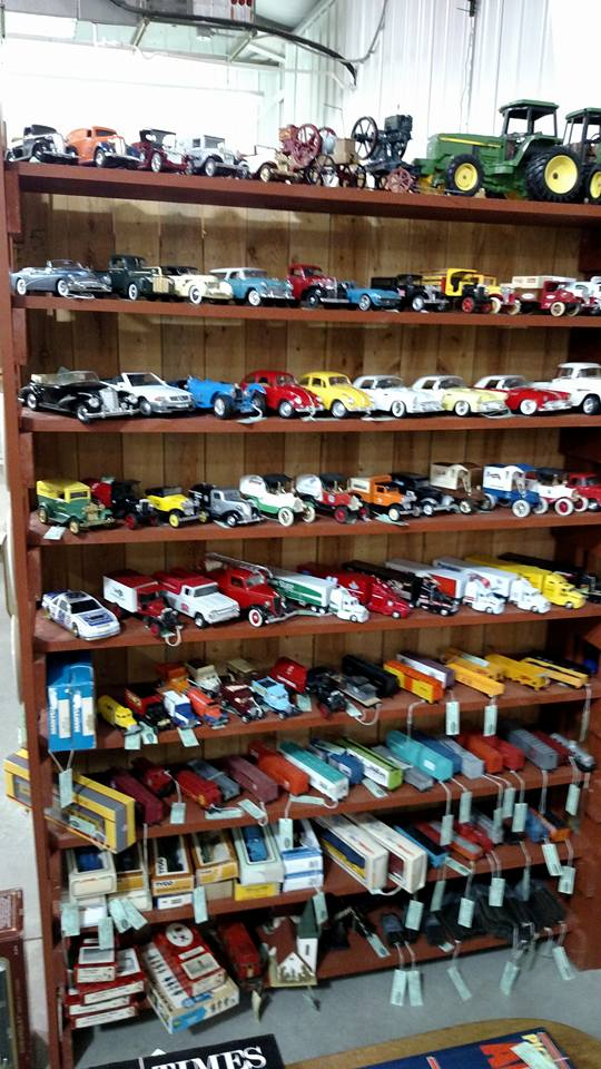mall 4-29-16 700 cars