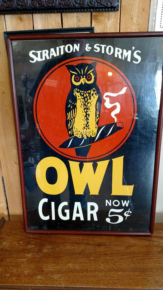 MALL 7-9-16 owl sign