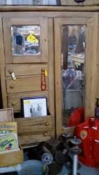 01-15--gentlemans dresser ini